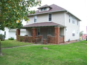 4 Bed, 2 Bath Home in Alsey, IL